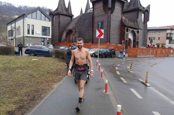 Clujeanul care alearga de la Cluj la Constanta (620km) pentru copiii bolnavi de cancer